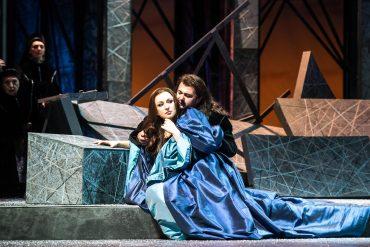 I Puritani, Vincenzo Bellini, Teatro Municipale di Piacenza, Irina Lungu, Celso Albelo