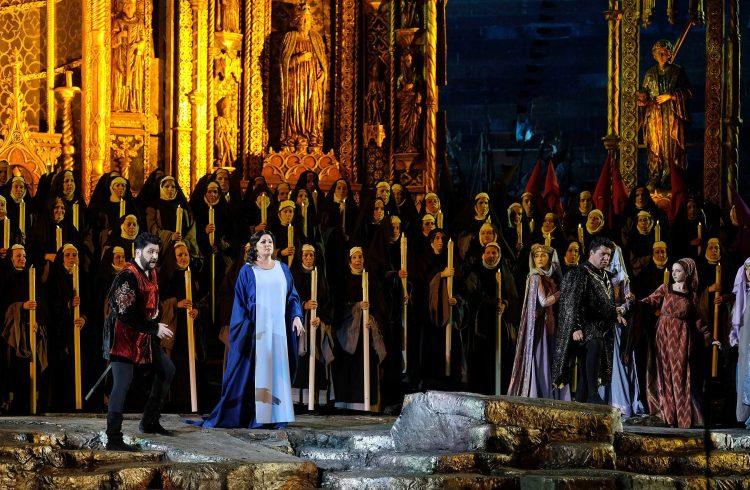 Il Trovatore; Anna Netrebko; Arena di Verona; Franco Zeffirelli; Giuseppe Verdi; Game Of Thrones; Trono di Spade