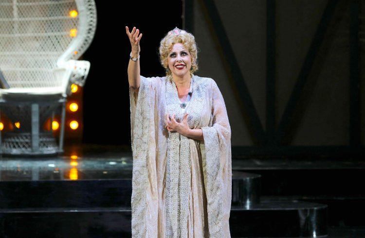 Adriana Lecouvreur di Cilea - Teatro Carlo Felice Genova